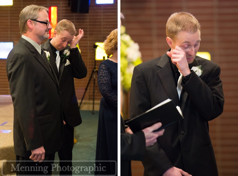 groom seeing bride on the wedding day for the first time