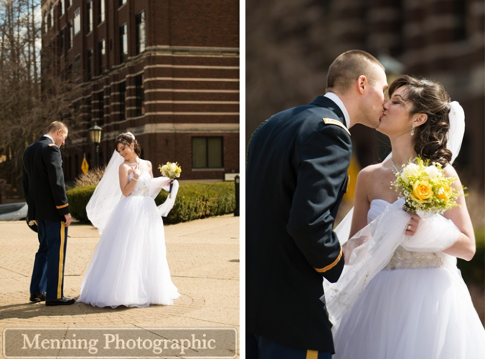 Leah_Ian_17_Pittsburgh-Wedding-Duquesne-Chapel-First-Look