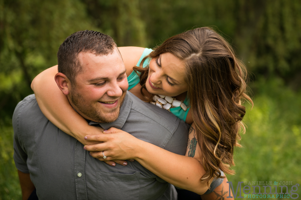 Jennifer_Tim-Country-Farm-Engagement-Youngstown-OH-Wedding-Photographers_0017