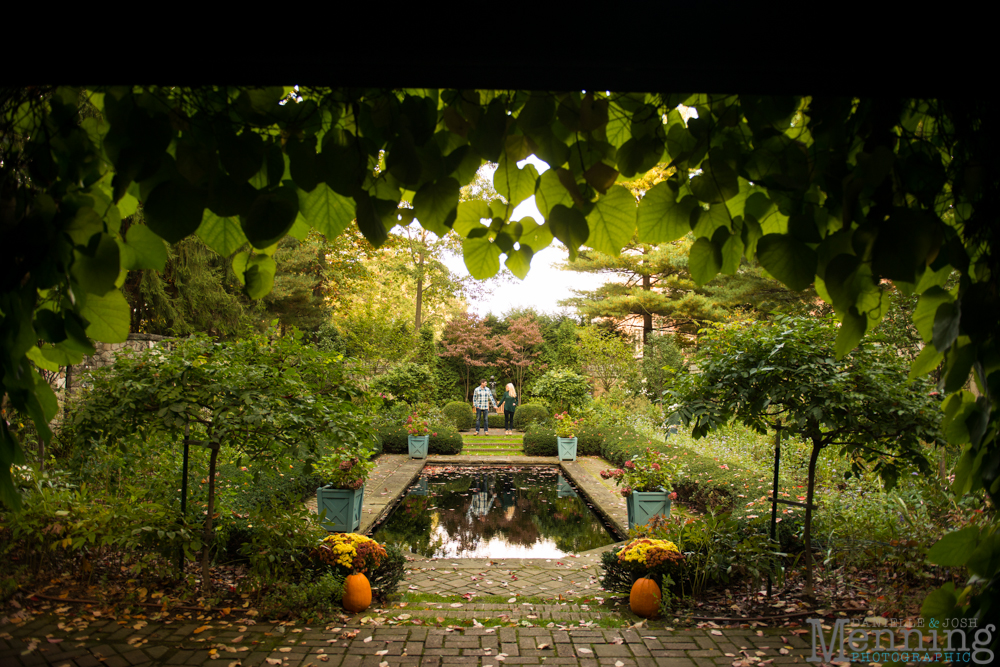 Kacie_Dillon_Stan-Hywett-Hall-and-Gardens_Akron-OH_Fall-Engagement-Photos_0040