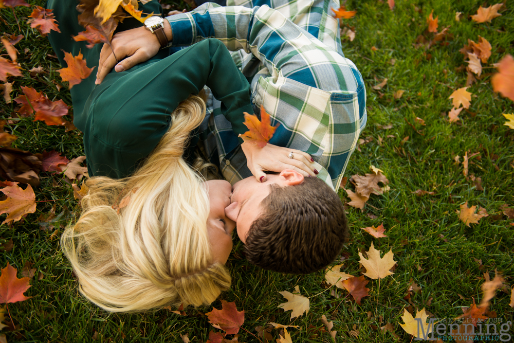 Kacie_Dillon_Stan-Hywett-Hall-and-Gardens_Akron-OH_Fall-Engagement-Photos_0045