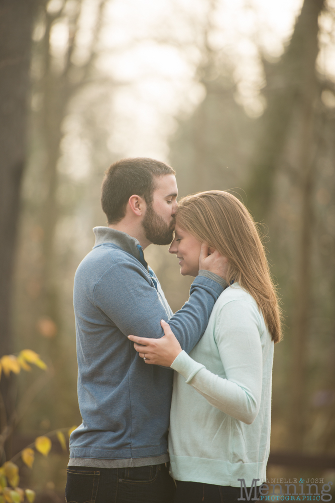 Kelly_Jon_Olmsted-Falls-Fall-Engagement-Session_0023