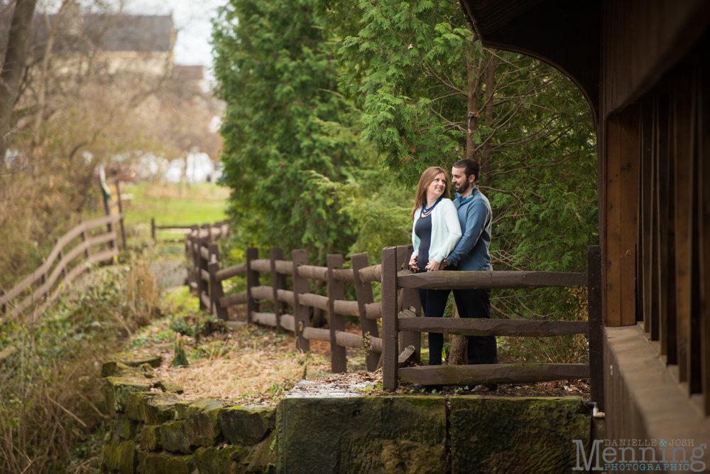 Kelly_Jon_Olmsted-Falls-Fall-Engagement-Session_0027