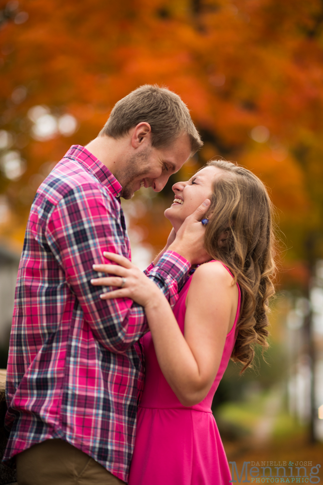 Sara_Jonathan_Generations-Coffe-House_Country-Fall-Engagement-Photos_Youngstown-OH-Photographers_0012