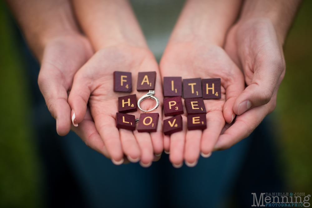 Sara_Jonathan_Generations-Coffe-House_Country-Fall-Engagement-Photos_Youngstown-OH-Photographers_0033