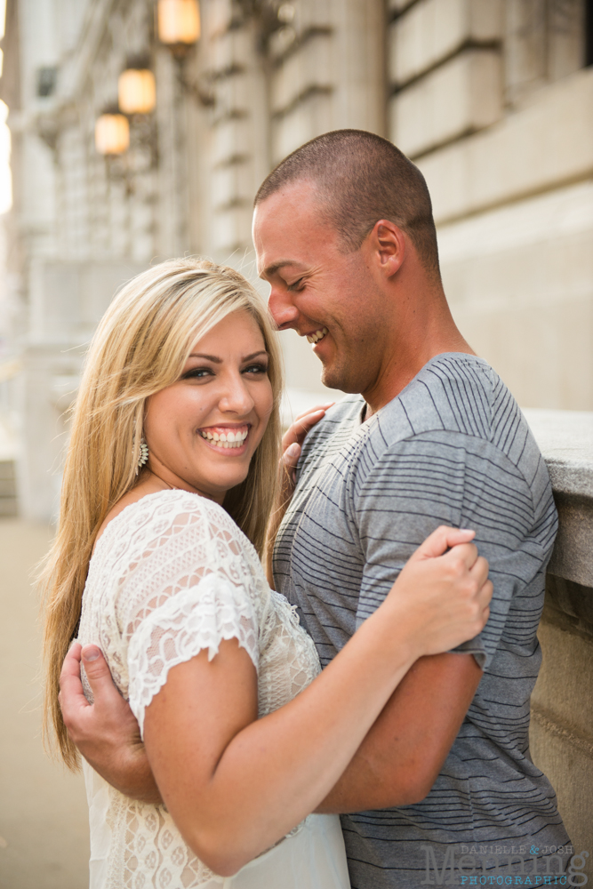 Tess_Dennis_Voinovich-Park_9th-Pier_E-4th-Street_Cleveland-OH_Youngstown-OH-Wedding-Photographers_0017