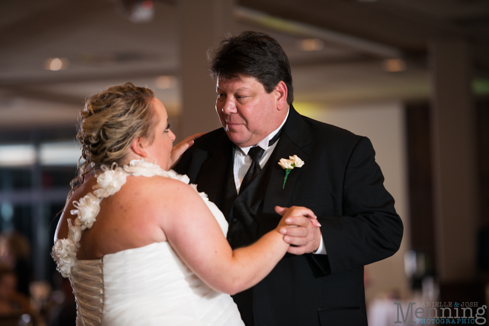 Holly_Billy_The-Lake-Club_Fall-Wedding_Youngstown-OH-Wedding-Photographers_0082