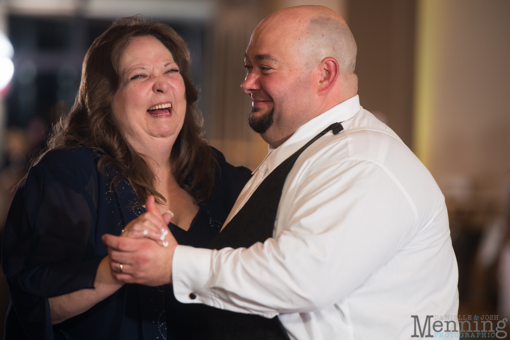 Holly_Billy_The-Lake-Club_Fall-Wedding_Youngstown-OH-Wedding-Photographers_0084