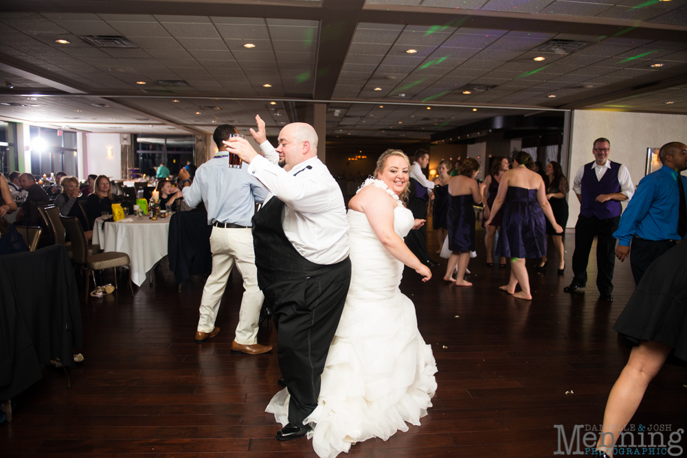 Holly_Billy_The-Lake-Club_Fall-Wedding_Youngstown-OH-Wedding-Photographers_0096