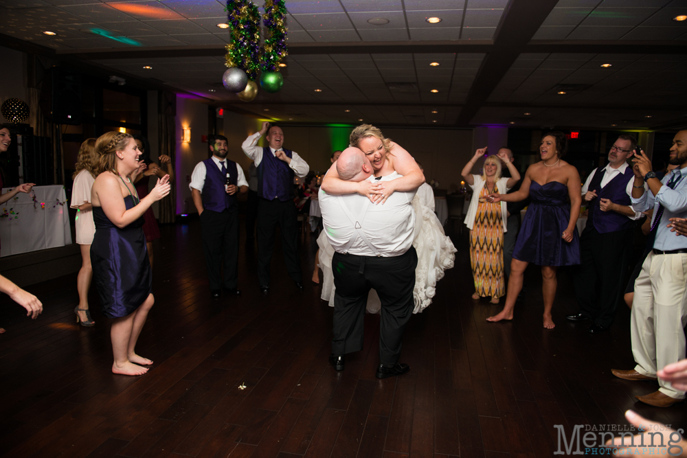 Holly_Billy_The-Lake-Club_Fall-Wedding_Youngstown-OH-Wedding-Photographers_0097