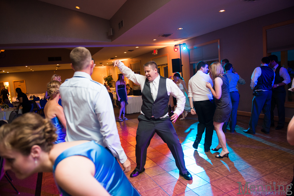 Keely_Mitch_The-Links-at-Firestone-Farms_Rustic-Country-Barn-Wedding_Youngstown-OH-Wedding-Photographers_0105