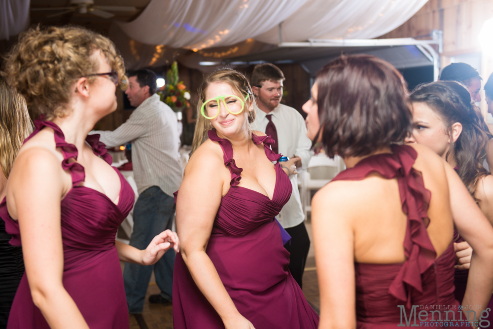 Nicole_Wesley_Leetonia-Sportsmans-Club_Rustic-Country-Wedding_Youngstown-OH-Wedding-Photographers_0094