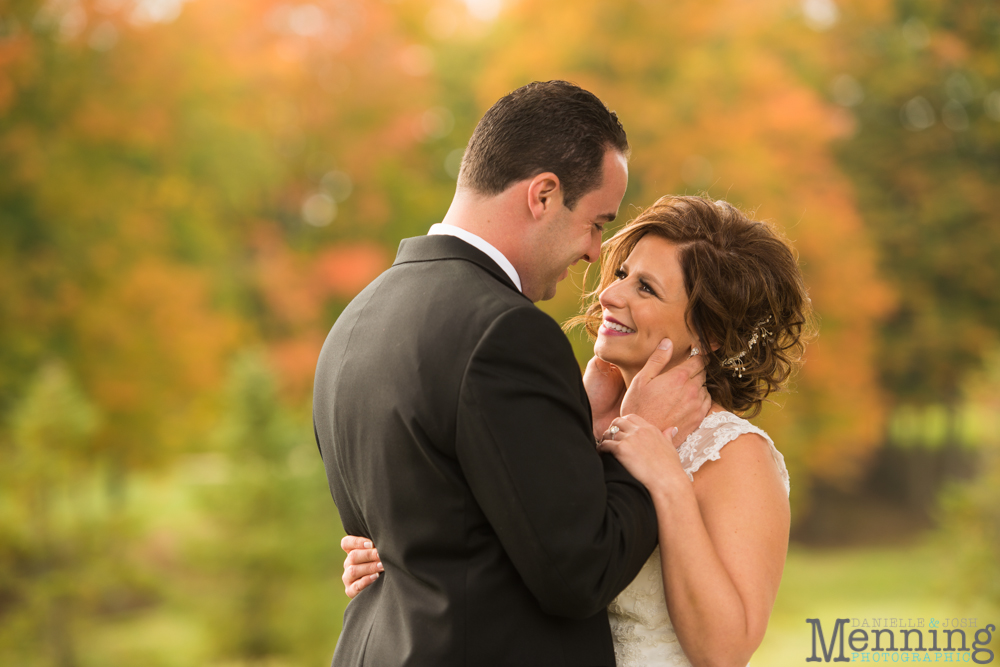 Cassie_Byron_The-Lake-Club_Fall-Wedding_Youngstown-OH-Wedding-Photographers_0039