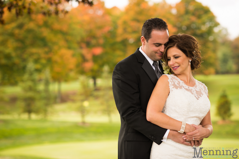 Cassie_Byron_The-Lake-Club_Fall-Wedding_Youngstown-OH-Wedding-Photographers_0044