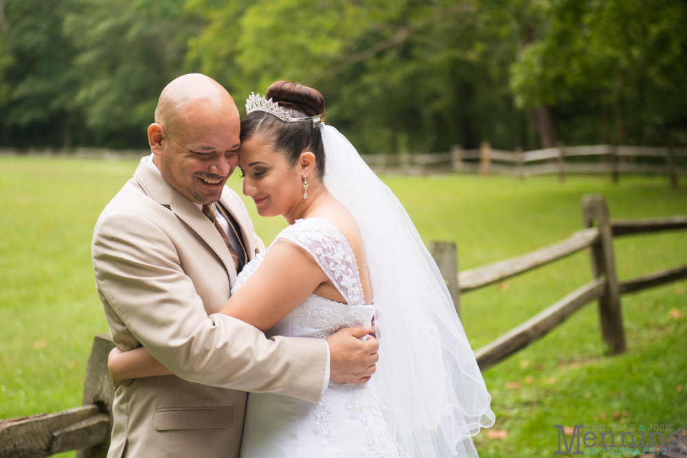 Janet_Alexander_Avion-on-the-Water_Youngstown-OH-Wedding-Photographers_0032