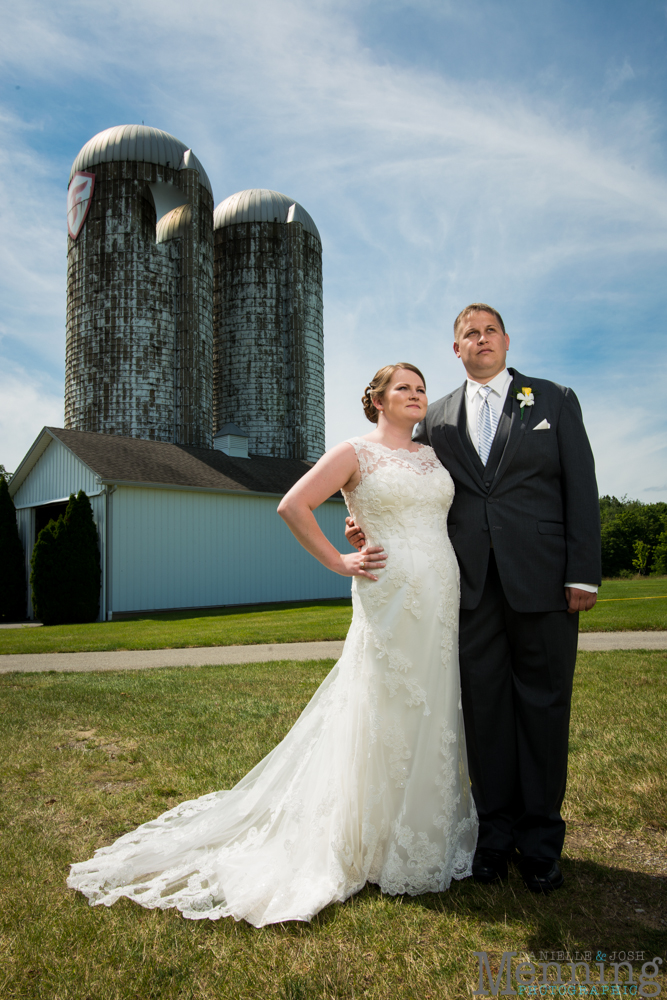 Keely_Mitch_The-Links-at-Firestone-Farms_Rustic-Country-Barn-Wedding_Youngstown-OH-Wedding-Photographers_0042