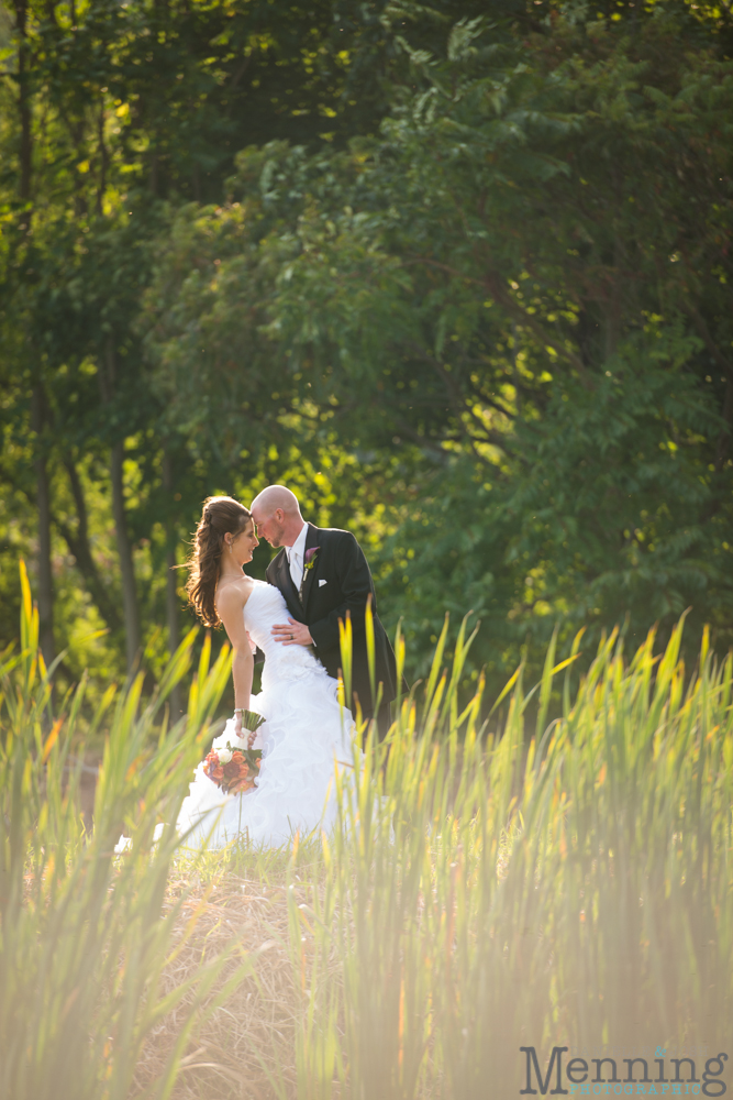 Nicole_Wesley_Leetonia-Sportsmans-Club_Rustic-Country-Wedding_Youngstown-OH-Wedding-Photographers_0052