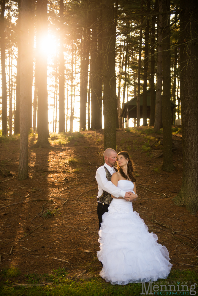 Nicole_Wesley_Leetonia-Sportsmans-Club_Rustic-Country-Wedding_Youngstown-OH-Wedding-Photographers_0058