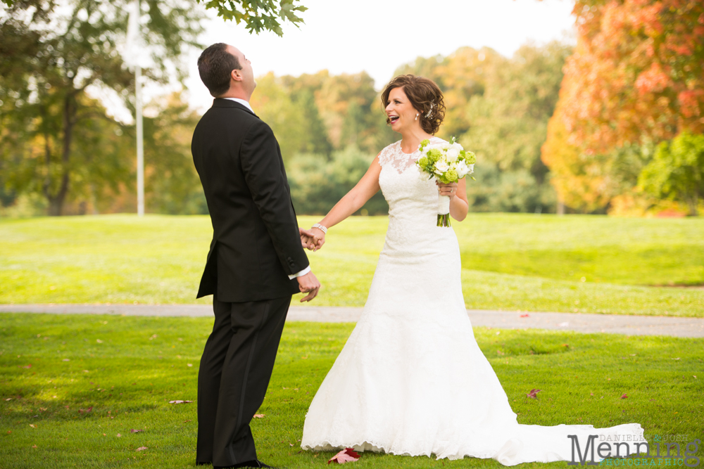Cassie_Byron_The-Lake-Club_Fall-Wedding_Youngstown-OH-Wedding-Photographers_0028