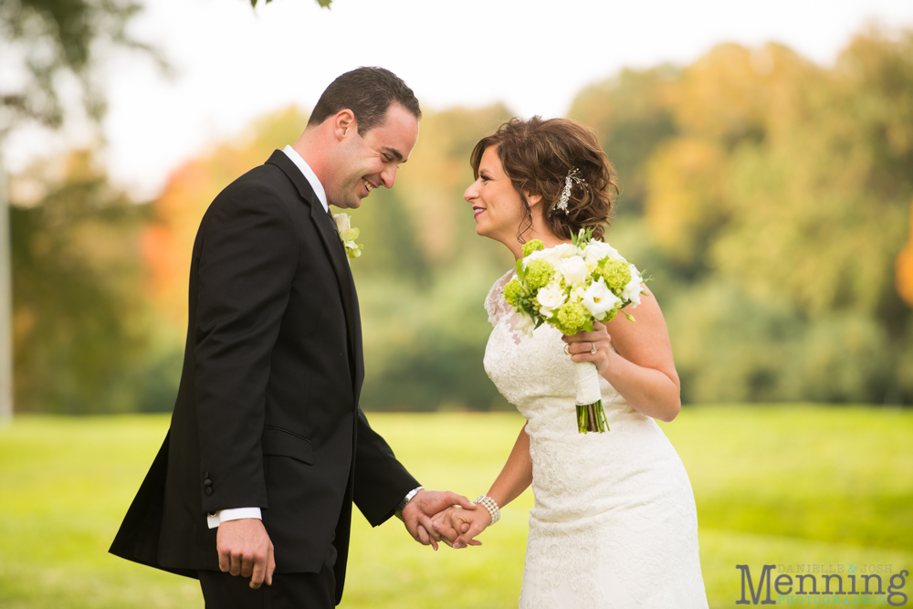 Cassie_Byron_The-Lake-Club_Fall-Wedding_Youngstown-OH-Wedding-Photographers_0029