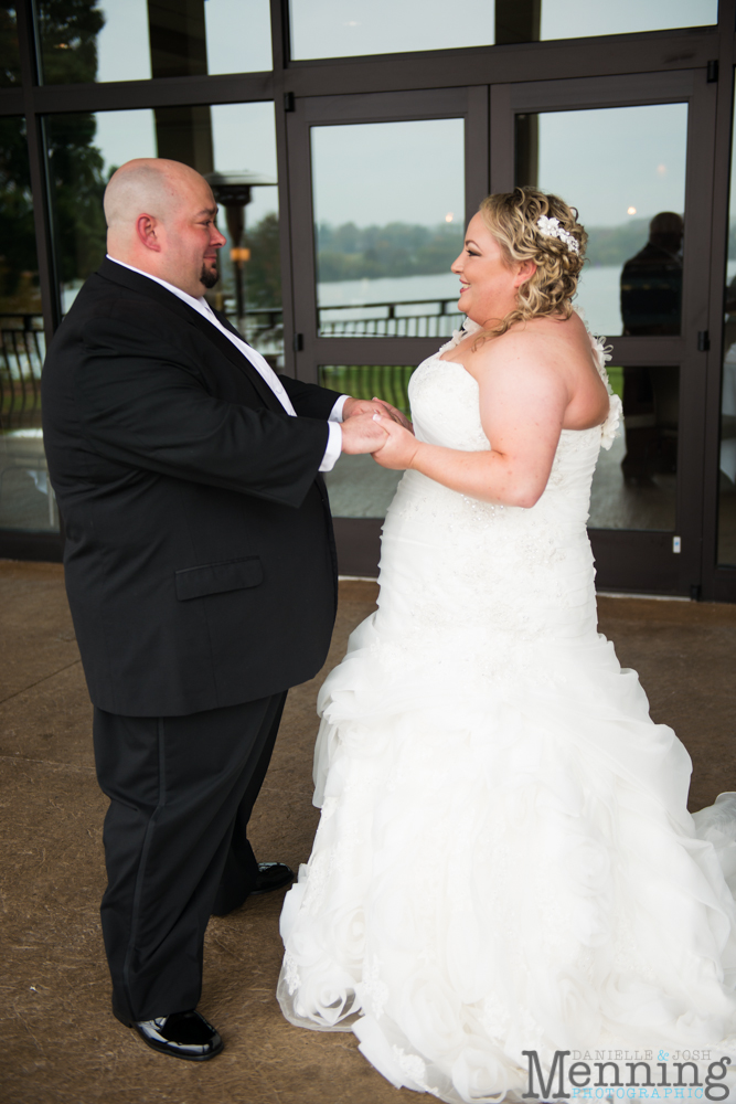 Holly_Billy_The-Lake-Club_Fall-Wedding_Youngstown-OH-Wedding-Photographers_0007