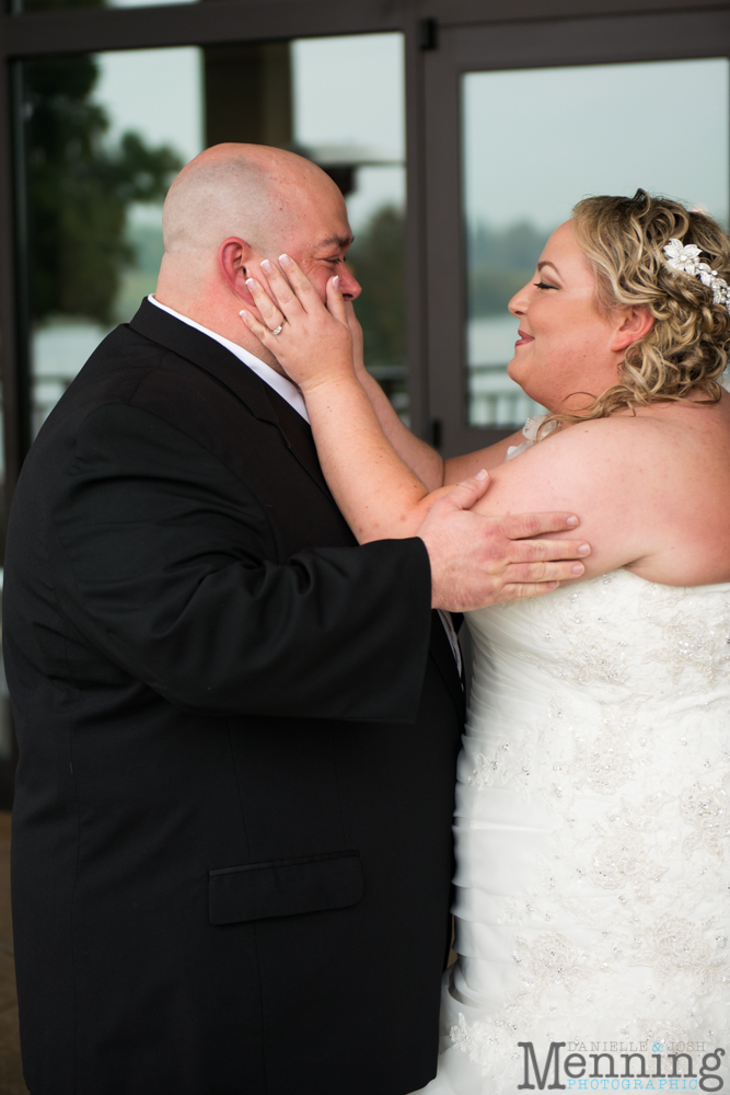 Holly_Billy_The-Lake-Club_Fall-Wedding_Youngstown-OH-Wedding-Photographers_0009