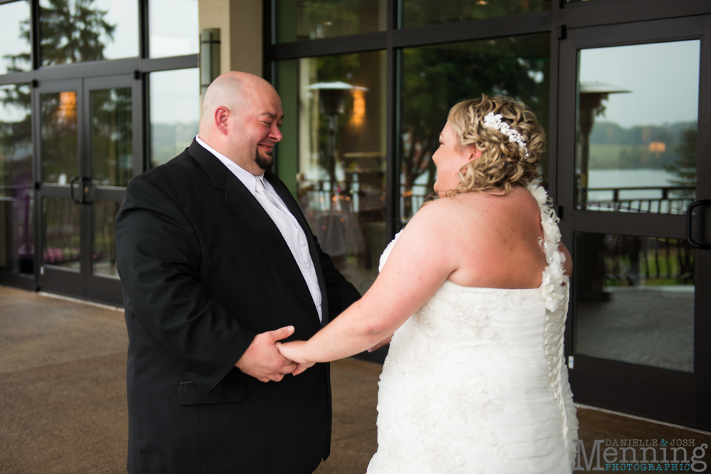 Holly_Billy_The-Lake-Club_Fall-Wedding_Youngstown-OH-Wedding-Photographers_0011