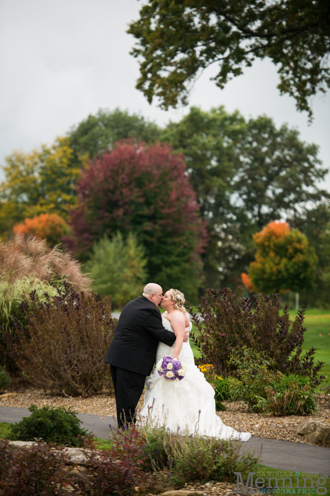 Holly_Billy_The-Lake-Club_Fall-Wedding_Youngstown-OH-Wedding-Photographers_0048