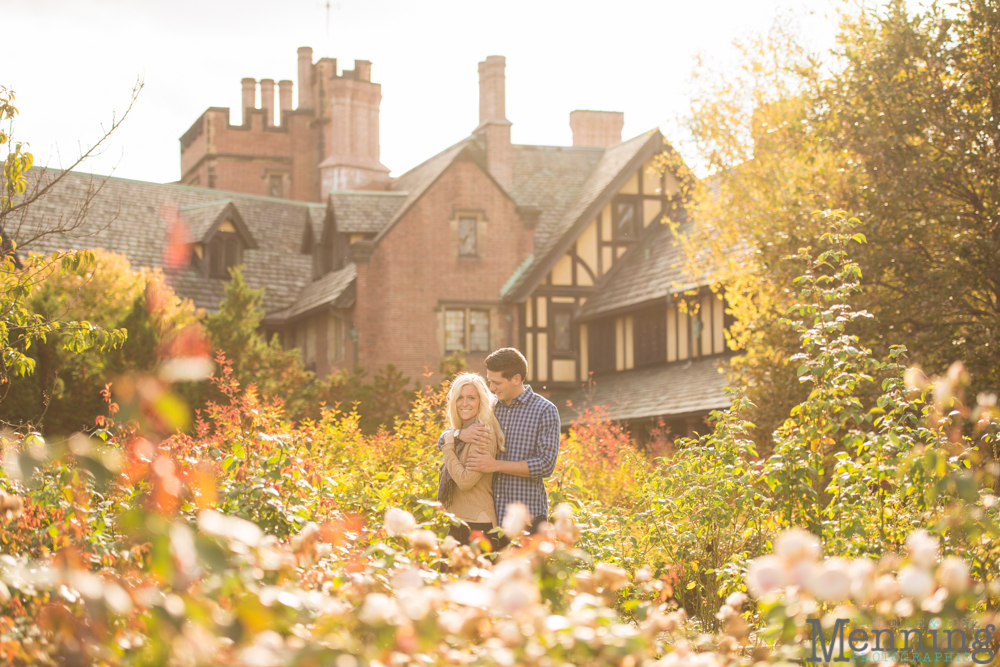 Kacie_Dillon_Stan-Hywett-Hall-and-Gardens_Akron-OH_Fall-Engagement-Photos_0010