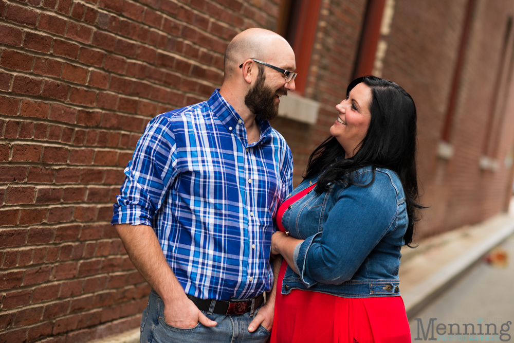 Richelle & Ryan - Downtown Pittsburgh - Roberto Clemente Bridge - PNC Park - North Shore - Heinz Pickle - Pittsburgh Engagement Session - Youngstown OH Photographers_0003
