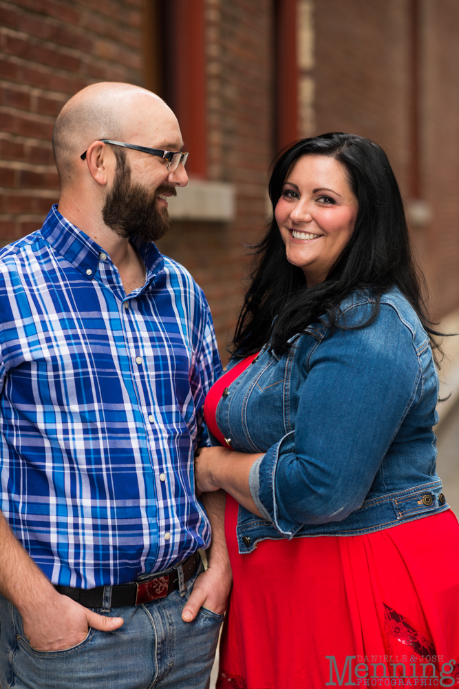 Richelle & Ryan - Downtown Pittsburgh - Roberto Clemente Bridge - PNC Park - North Shore - Heinz Pickle - Pittsburgh Engagement Session - Youngstown OH Photographers_0004