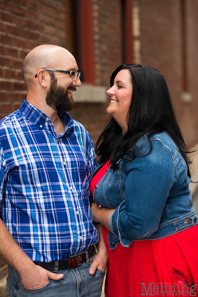 Richelle & Ryan - Downtown Pittsburgh - Roberto Clemente Bridge - PNC Park - North Shore - Heinz Pickle - Pittsburgh Engagement Session - Youngstown OH Photographers_0005