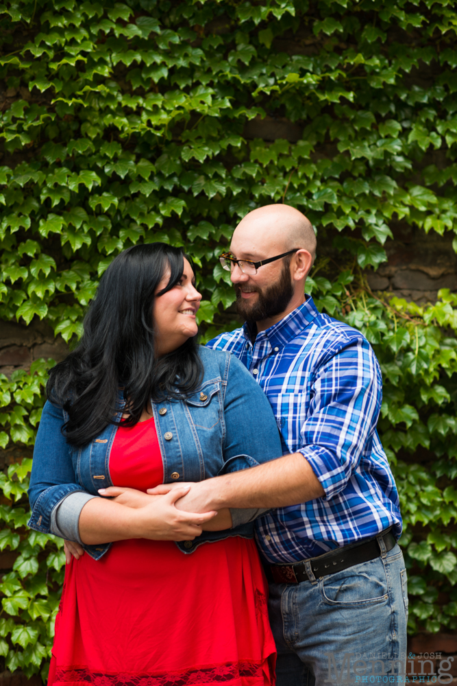 Richelle & Ryan - Downtown Pittsburgh - Roberto Clemente Bridge - PNC Park - North Shore - Heinz Pickle - Pittsburgh Engagement Session - Youngstown OH Photographers_0006