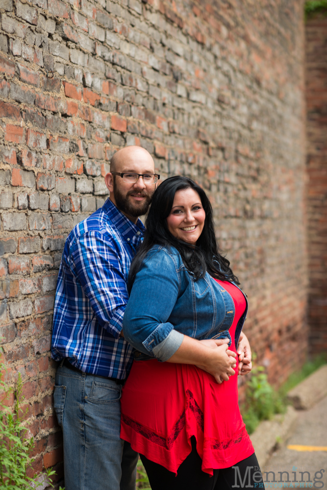 Richelle & Ryan - Downtown Pittsburgh - Roberto Clemente Bridge - PNC Park - North Shore - Heinz Pickle - Pittsburgh Engagement Session - Youngstown OH Photographers_0009