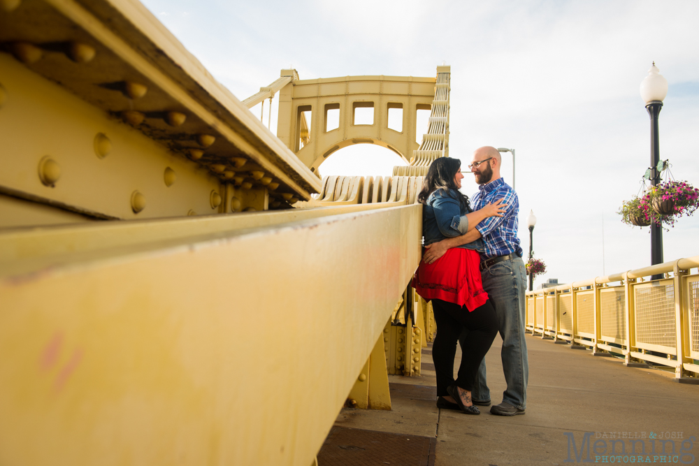 Richelle & Ryan - Downtown Pittsburgh - Roberto Clemente Bridge - PNC Park - North Shore - Heinz Pickle - Pittsburgh Engagement Session - Youngstown OH Photographers_0012