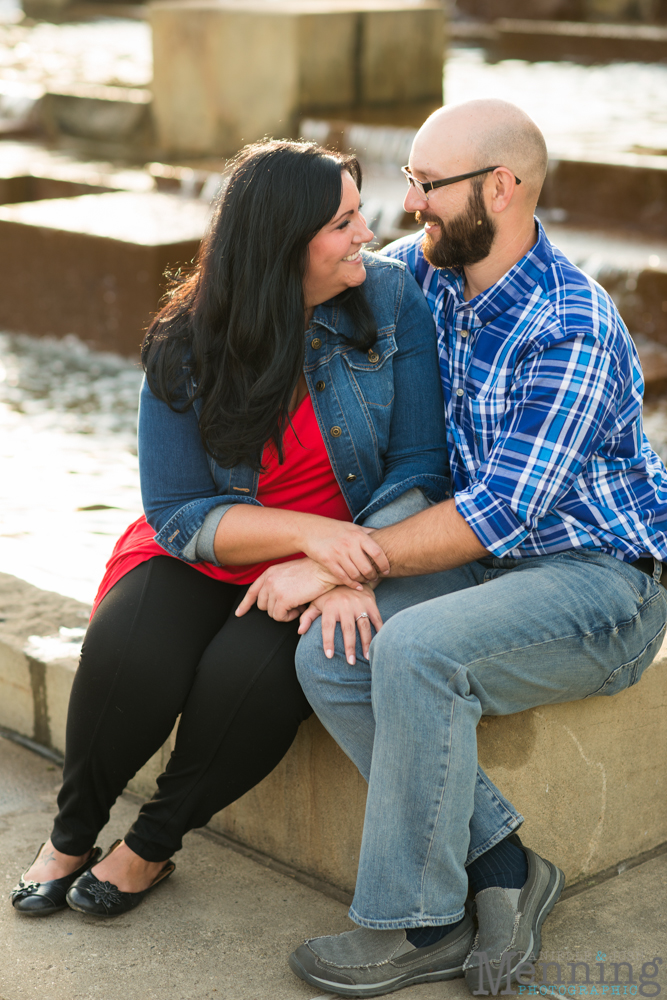 Richelle & Ryan - Downtown Pittsburgh - Roberto Clemente Bridge - PNC Park - North Shore - Heinz Pickle - Pittsburgh Engagement Session - Youngstown OH Photographers_0021