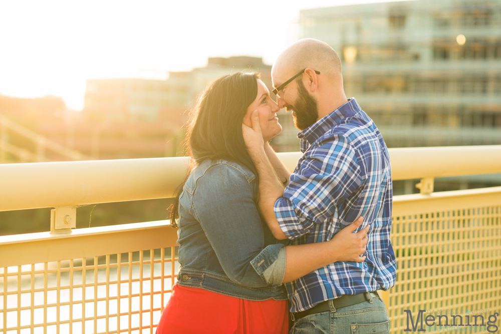 Richelle & Ryan - Downtown Pittsburgh - Roberto Clemente Bridge - PNC Park - North Shore - Heinz Pickle - Pittsburgh Engagement Session - Youngstown OH Photographers_0037