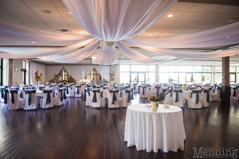 Cassie_Byron_The-Lake-Club_Fall-Wedding_Youngstown-OH-Wedding-Photographers_0072