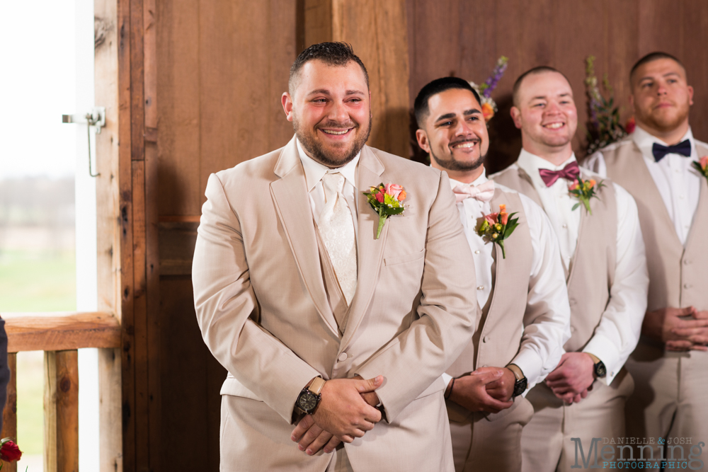 Jennifer_Tim_The-Links-at-Firestone-Farms_Rustic-Country-Barn-Wedding_Youngstown-OH-Wedding-Photographers_0018