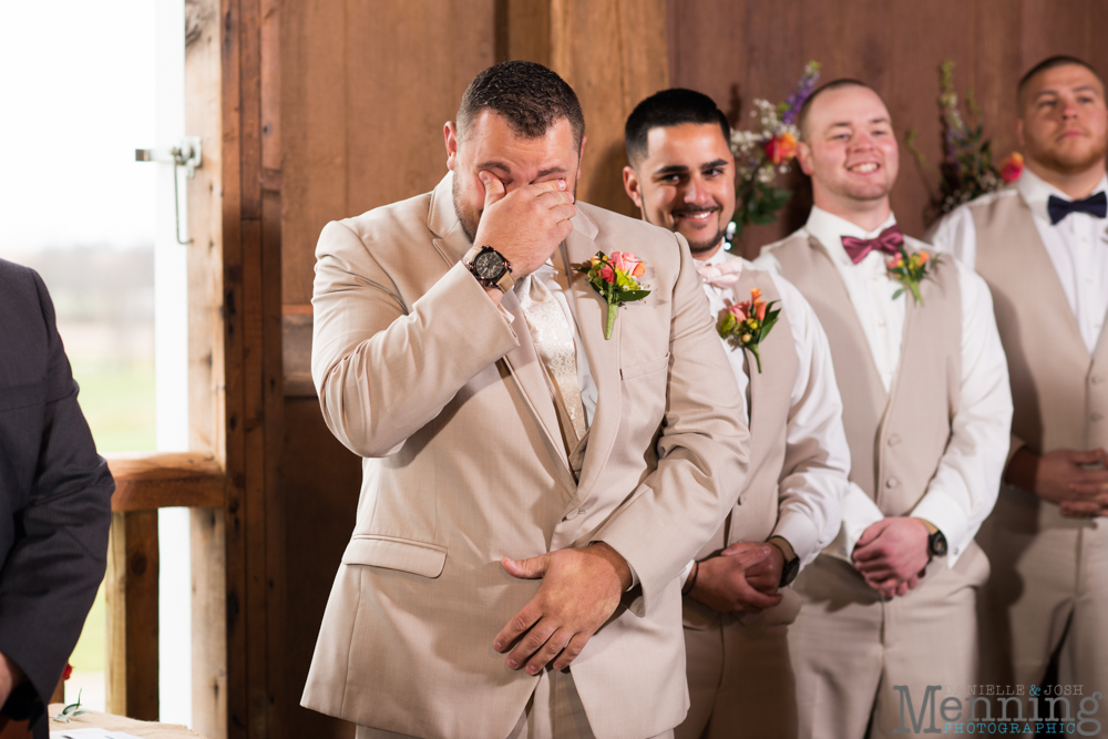 Jennifer_Tim_The-Links-at-Firestone-Farms_Rustic-Country-Barn-Wedding_Youngstown-OH-Wedding-Photographers_0020