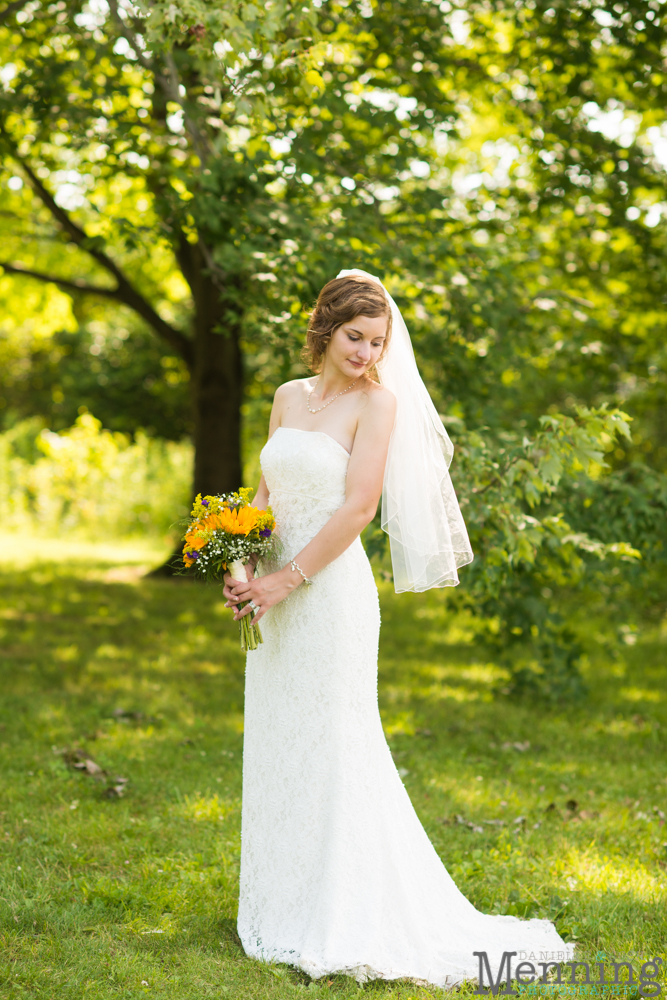 Bridal gowns youngstown ohio flower girl dresses for Plus size wedding dresses cleveland ohio