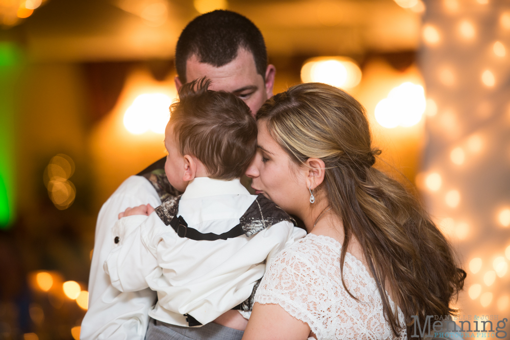 Karlee_Aaron_Evangel-Baptist-Church_Lantermans-Mill_Fellows-Riverside-Gardens_Mahoning-Valley-Country-Club_Youngstown-OH-Wedding Photographers_0095