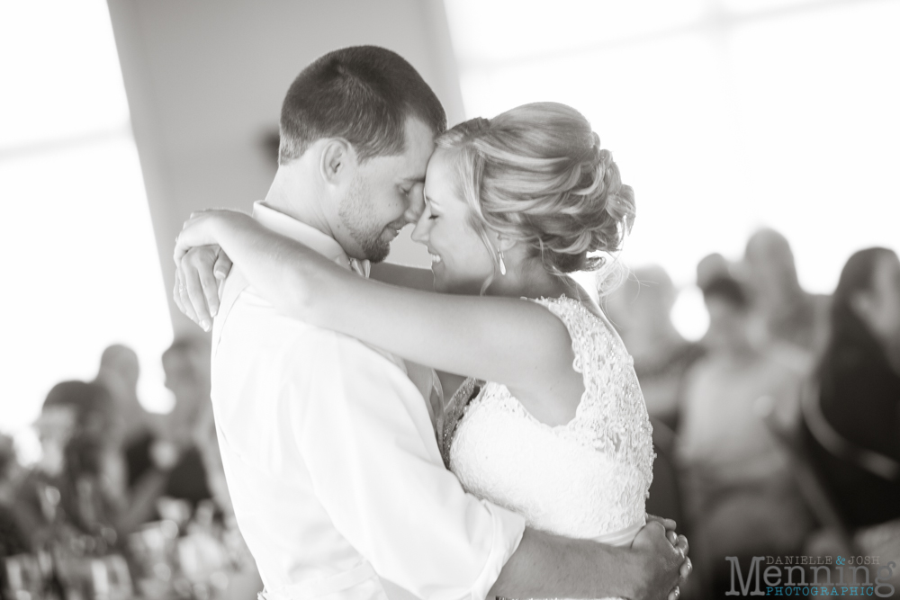 LeAnn & Jered - The Links at Firestone Farms - Barn Wedding - Youngstown OH Wedding Photographers_0103