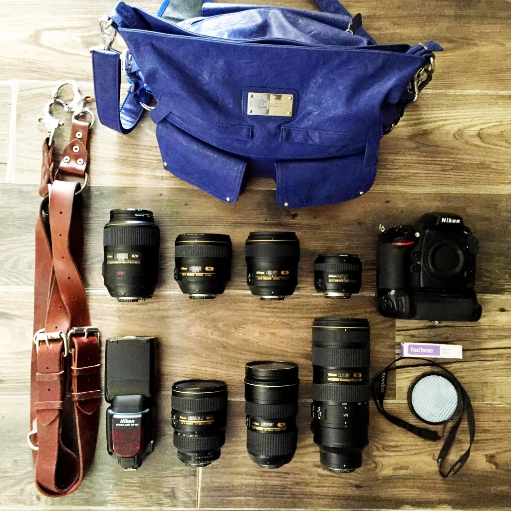 Our wedding photography gear what39s in our camera bags for Wedding photographer camera bag