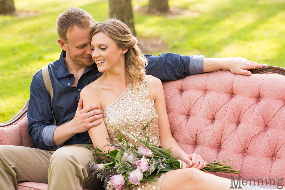 boho wedding with a pink couch