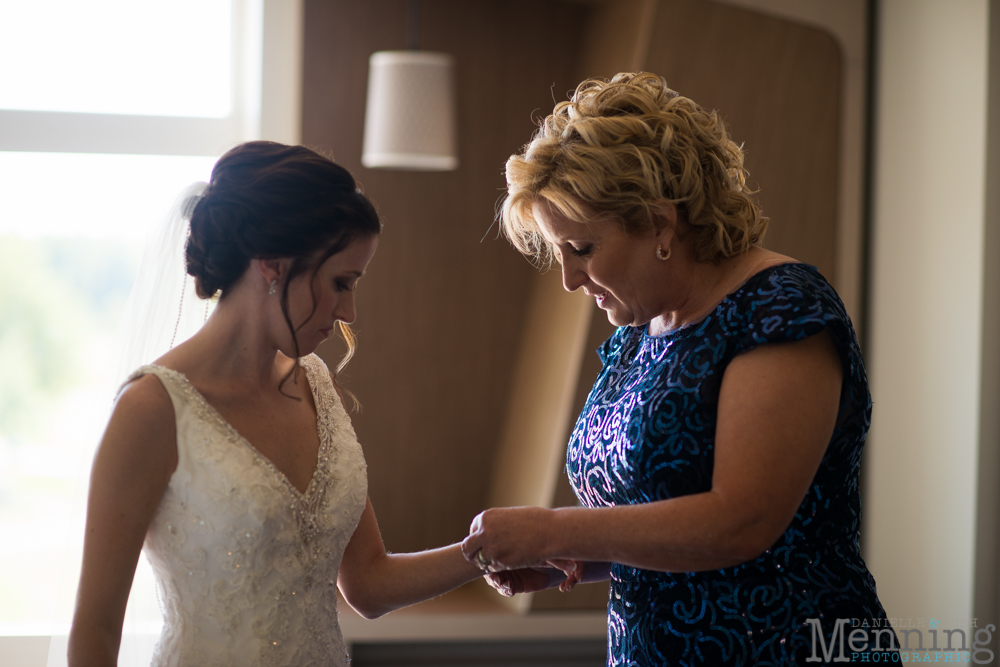 sarah-jereme-wedding-mount-olivet-kensington-golf-course-avion-on-the-water-youngstown-ohio-wedding-photographers_0013