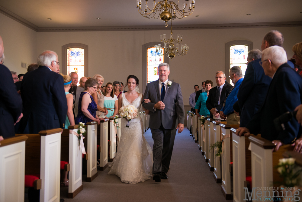sarah-jereme-wedding-mount-olivet-kensington-golf-course-avion-on-the-water-youngstown-ohio-wedding-photographers_0017