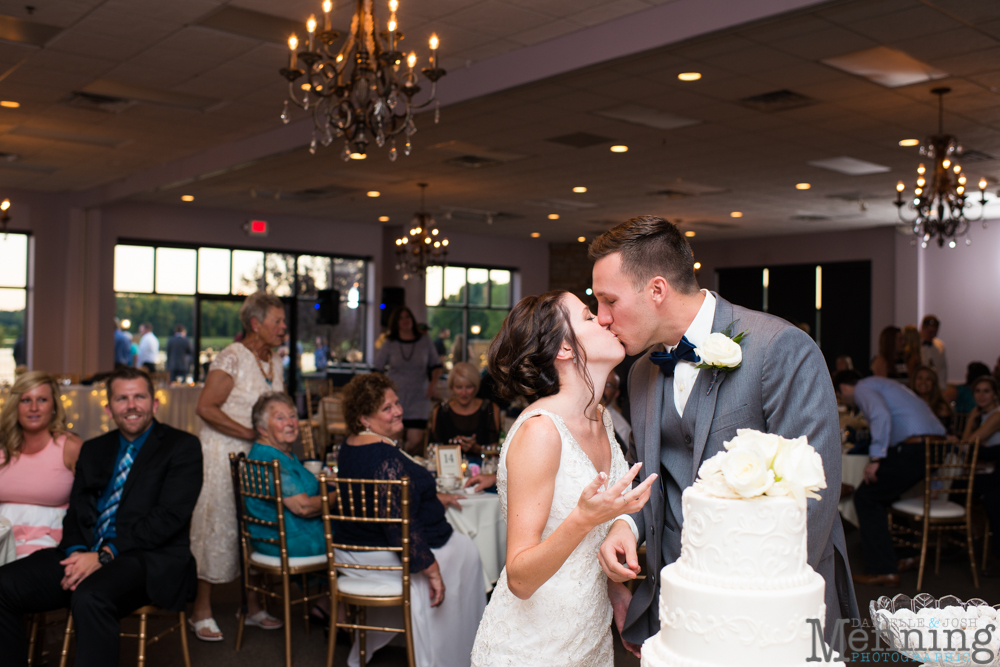 sarah-jereme-wedding-mount-olivet-kensington-golf-course-avion-on-the-water-youngstown-ohio-wedding-photographers_0071