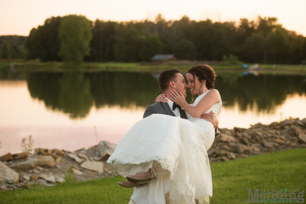 sarah-jereme-wedding-mount-olivet-kensington-golf-course-avion-on-the-water-youngstown-ohio-wedding-photographers_0079