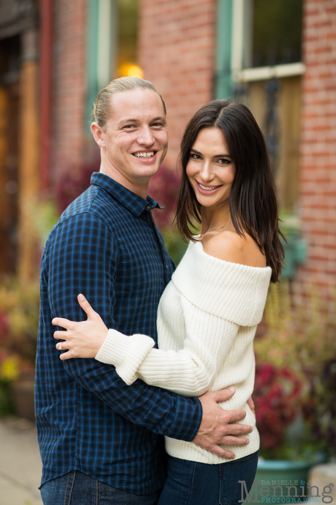 jamie-nick-engagement-session-mexican-war-streets-schenley-park-phipps-conservatory-pittsburgh-pa-engagement-photos_0003